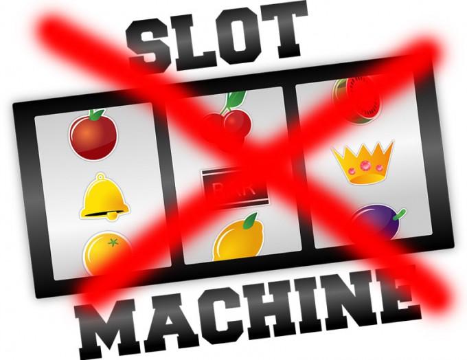 Con SlotMob per una commissione parlamentare d'inchiesta sull'azzardo